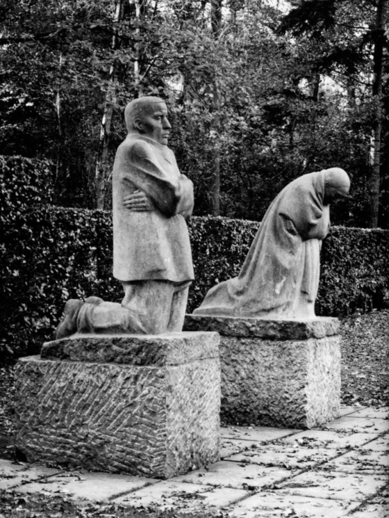 Kathe Kollwitz, Memorial at the German war cemetary at Roggevelde near Ypres, Belgium, 1931. Photo, Jon Parker, from The Great War and the Shaping of the 20th Century, Penguin Studio, 1996