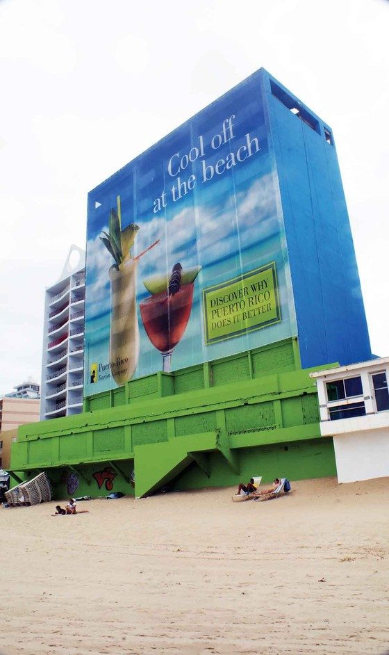 A 1960s building on Condado Beach, San Juan, abandoned during the late 1970s and turned into a billboard by the Puerto Rico Tourism Company in 2011. All photos: Javier Santiago-Lucerna