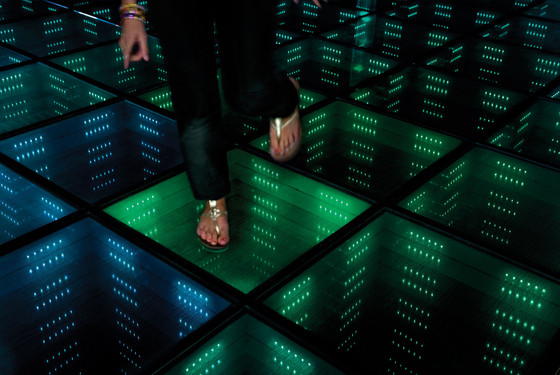 Studio Roosegaarde, Sustainable Dance Floor, Sustainable Dance Club (Doll Architects & Enviul), Rotterdam, Netherlands, 2008. (c) Studio Roosegaarde