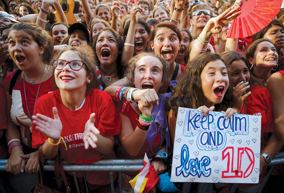 Fans at the One Direction: This is Us premiere, Madrid, Spain, 2013.