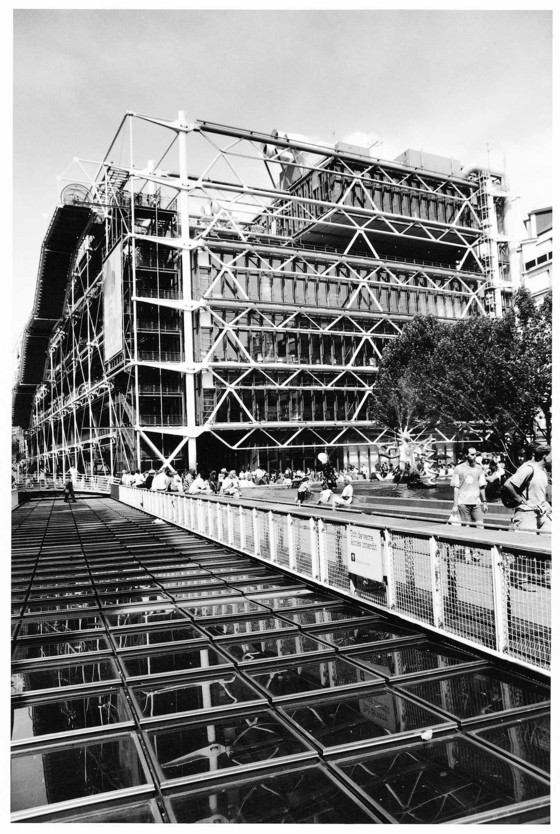 Renzo Piano and Richard Rogers, Pompidou Center, Paris, 1972. All photos: Edward Ford